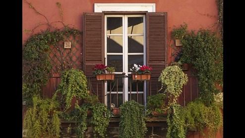 was ist auf dem balkon erlaubt. Black Bedroom Furniture Sets. Home Design Ideas