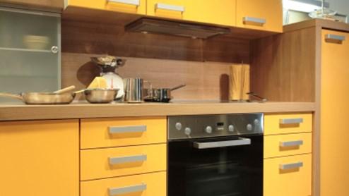 une cuisine jaune confre une nergie positive