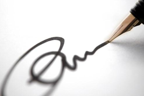 Der Mietvertrag ist mit der Unterschrift gültig.