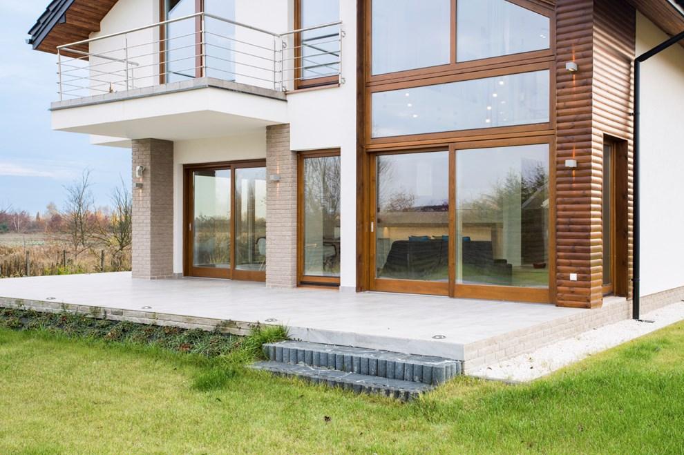modernizzare la casa preservandone il fascino antico originario. Black Bedroom Furniture Sets. Home Design Ideas