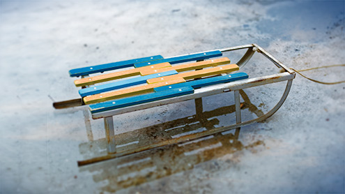 schlitten als wohnaccessoire. Black Bedroom Furniture Sets. Home Design Ideas